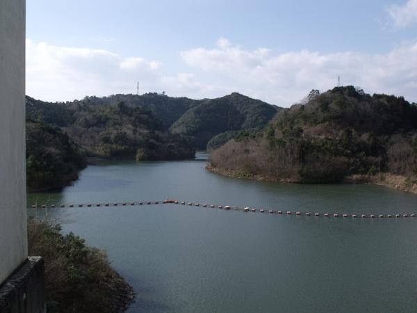 冬の沖田ダム2.jpg