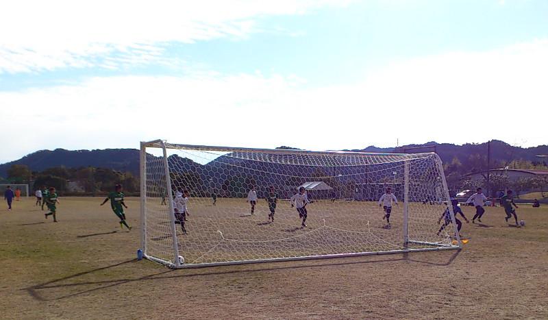 サッカー部練習試合 2016-4.JPG