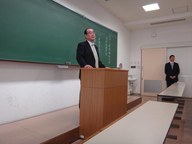 教員②.JPG