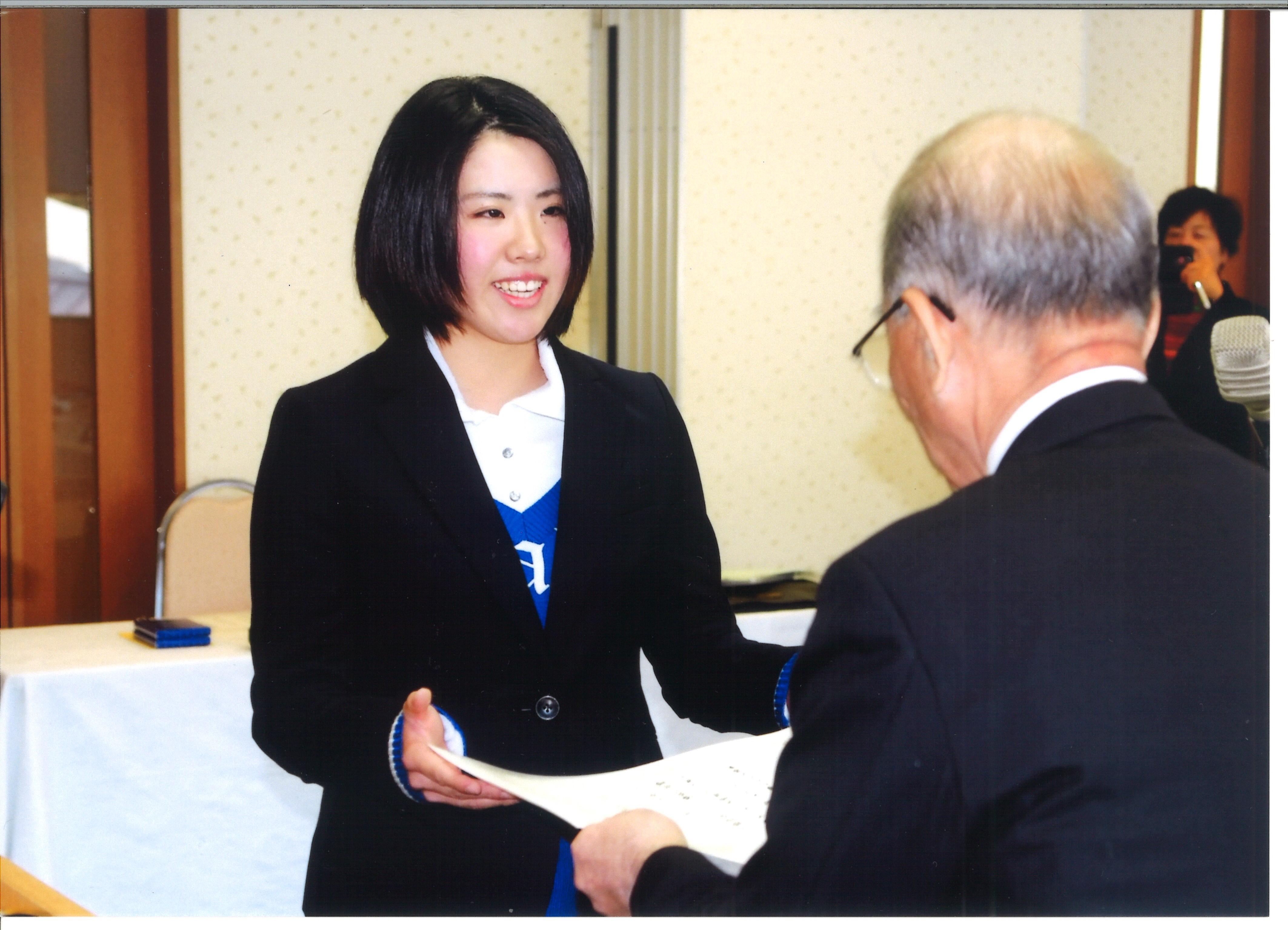 宮崎県ゴルフ協会賞(宮崎日日新聞社提供)